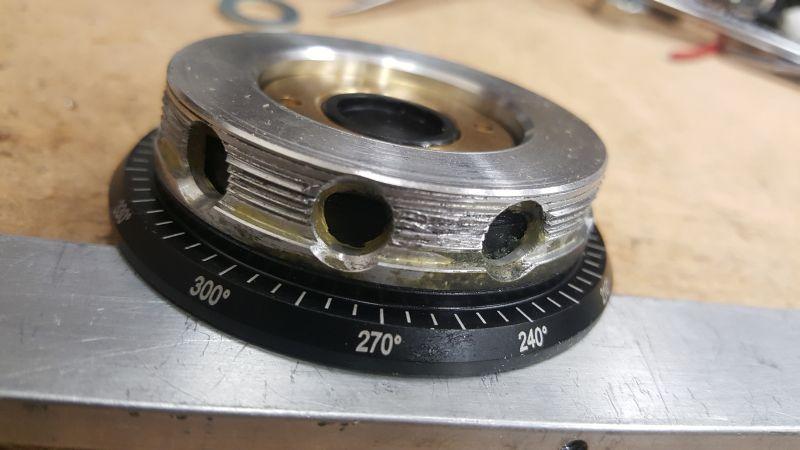 Pan-screwplate-burred